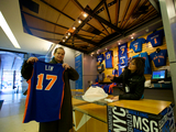 Jeremy Lin Jerseys a Slam Dunk at Madison Square Garden