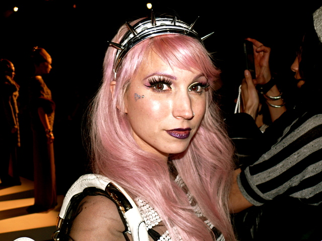 Mynxii White in futuristic headband and dusk rose hair at Brandon Sun.