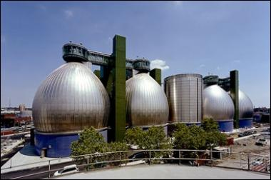 The upgrade of the Newtown Creek Waste Treatment Plant's tanks is complete, after years of engineering work to improve the largest sewage plant in the city.