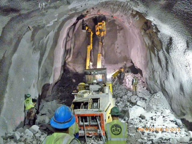 Workers at the tunnel that will later become the entrance to the Second Avenue subway's 72nd Street station.