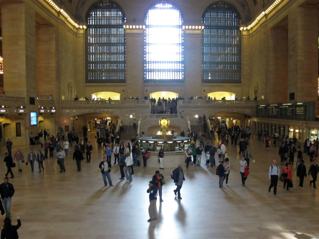 <p>Roughly 750,000 people pass through Grand Central Terminal every day.</p>