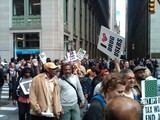 19 OWS Protesters Arrested for Chaining Themselves Across Broadway
