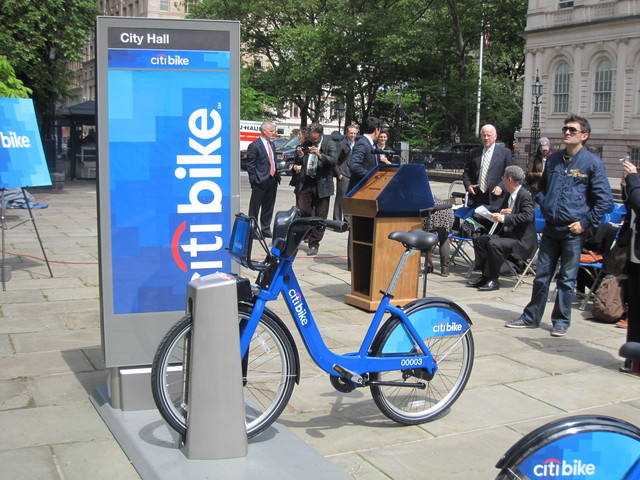 <p>Thousands of the new bikes will be placed around the city.</p>