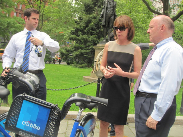 <p>DOT Commissioner Janette Sadik-Khan showed off the new bikes to reporters.</p>