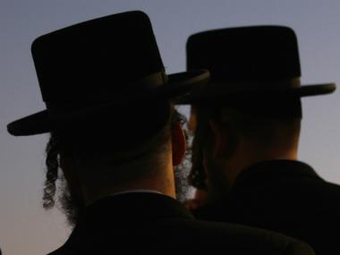 60,000 Ultra-Orthodox Jews will gather in Citi Field to learn how to avoid evils of Internet.