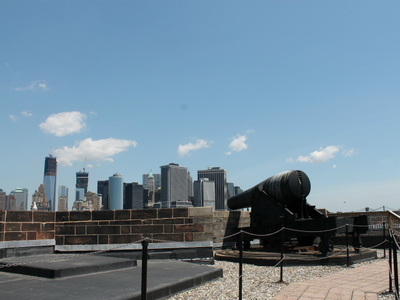 <p>This Civil War-era canon on the roof of Castle Williams on Governors Island could fire a shot nearly all the way to Washington Square Park.</p>