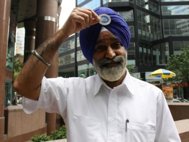 After a long legal battle, the MTA will now allow Sikh MTA workers, like Inderjit Singh, to wear their religious turbans without an MTA logo on it.