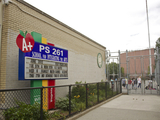 <p>P.S. 154&#39;s yard will host a greenmarket on Sundays from July to November.</p>