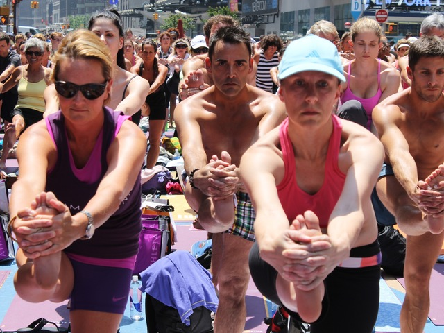 <p>The free class on June 20, 2012 was the world&#39;s largest Bikram Yoga class ever.</p>
