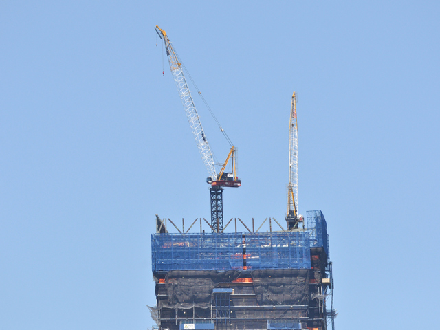 The cranes atop number 4 World Trade Center on Wednesday, June 27, 2012.