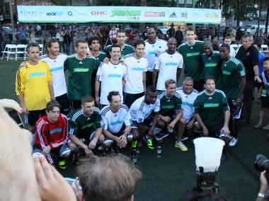 The two teams from the 2012 the Steve Nash Foundation Showdown pose for a photo.