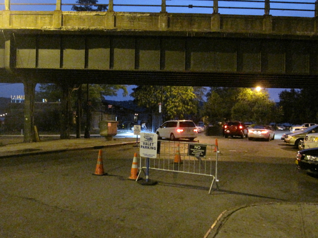 The restaurant's valet parking system, closes off Dyckman Street from the western edge of the southbound exit ramp coming from the Henry Hudson Parkway to the Hudson River, traffic appeared calm in the immediate area throughout the weekend.