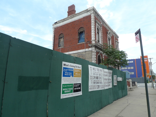 <p>The Coignet building, next to the Whole Foods construction site in Gowanus on Third Street and Third Avenue.</p>