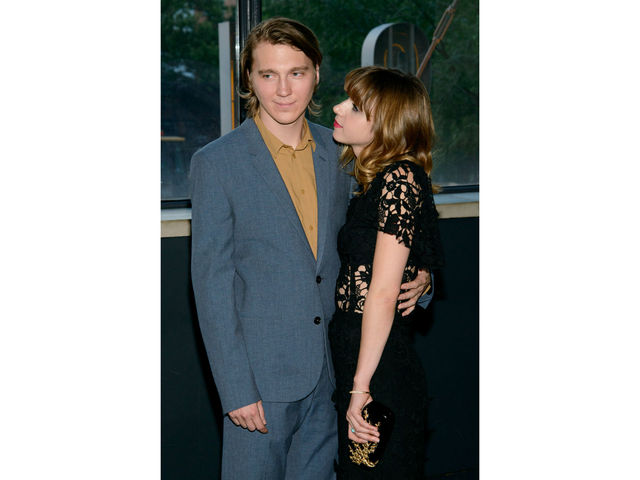 Paul Dano and Zoe Kazan share a moment at the premiere of