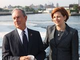 Bloomberg Won't Answer Questions on Potential Successors' Plans
