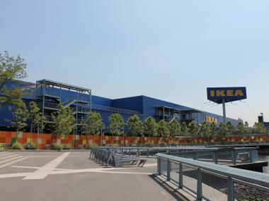 Red Hook residents have alleged that Ikea and Fairway reneged on pledges to hire local residents. In response, Ikea launched a program this summer to increase its employee recruitment in the community. Fairway, however, did not respond to calls and emails for comment, and it reportedly has not engaged in discussions on the issue with neighborhood community organizations.
