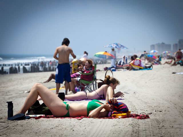More people were seen going to the beach on Monday as the heatwave started.