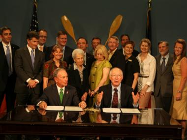 In an agreement signed on July 17,2012 between Mayor Mike Bloomberg and Interior Secretary Ken Salazar, more than 10,000 acres of city and federal park land will now be jointly managed.