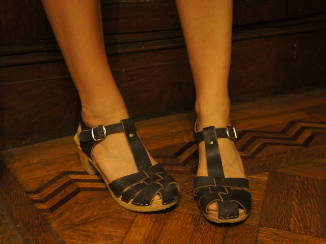 Brooklyn designer Nina Ziefvert, known to fans of her shoes as Nina Z, shows off the clogs that are storming Brooklyn this summer.