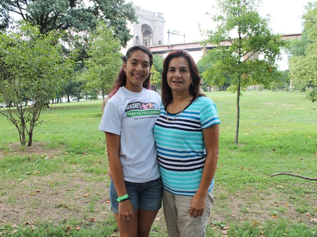 Jeshley Jimenez with her mother Fairis Rios.
