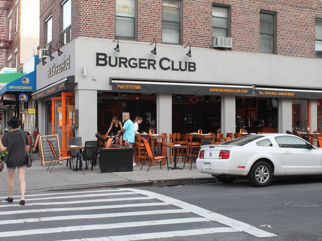 Roughly half of the neighborhood's 53 outdoor cafes are located on 30 Avenue.