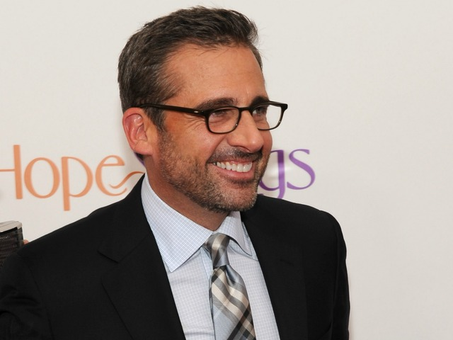 Steve Carell attends the premiere of