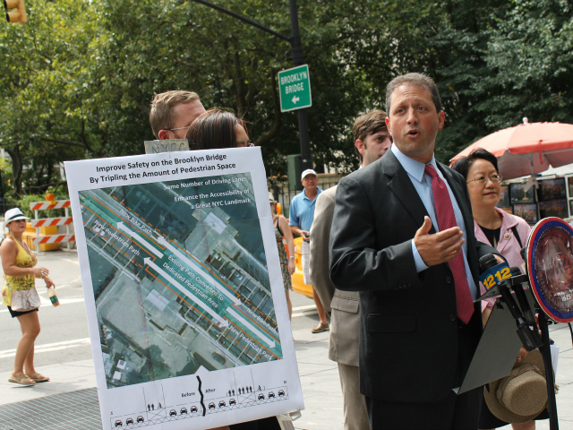 City Councilman Brad Lander described his vision for a wider walkway and bikeway for the Brooklyn Bridge Aug. 7, 2012.