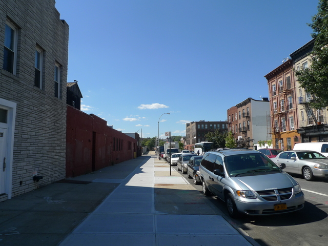 Neighbors on Union Street in Gowanus are worried that a new shuffleboard club will disturb their peace and quiet.
