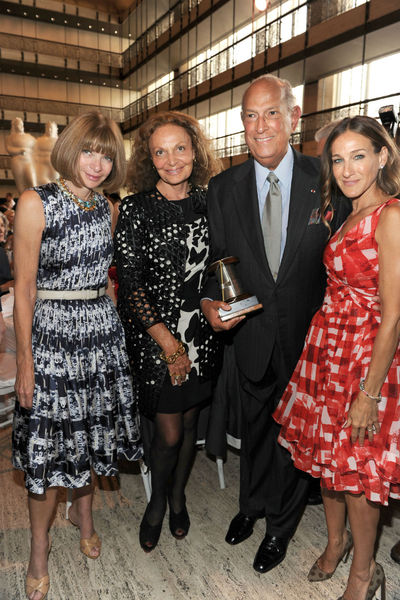 Anna Wintour, Diane von Furstenberg, Oscar de la Renta and Sarah Jessica Parker at the Couture Council Artistry of Fashion Awards at Avery Fisher Hall at Lincoln Center, Wednesday, September 5, 2012.