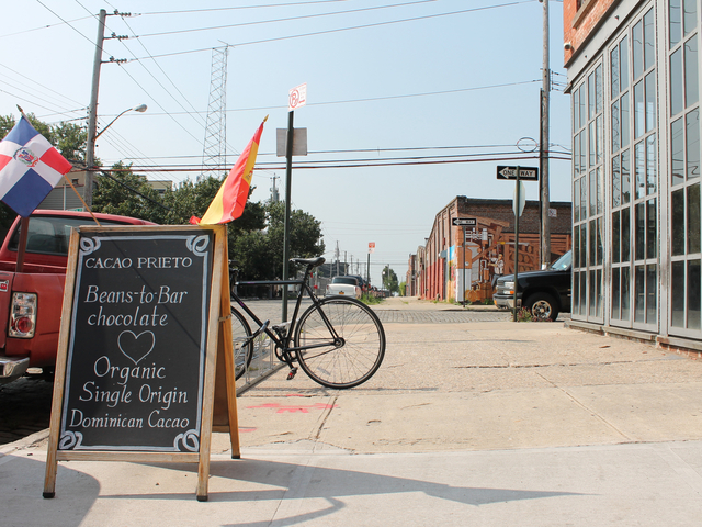 A sign welcomes visitors to Cacao Prieto in Red Hook.