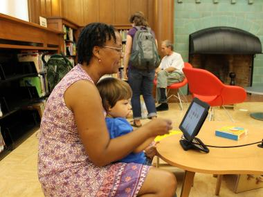 After a nearly three-year wait that tested the patience of book lovers, the Park Slope public library reopened on Sept. 13, welcoming patrons to a brightly lit and inviting space stocked with 20,000 shiny new books, DVDs and CDs, as well as four iPads for young readers.