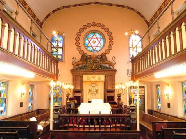 The Greenpoint Shul is more than 120 years old.