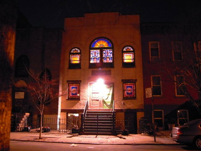 The synagogue on Noble Street is the only open one in Greenpoint.