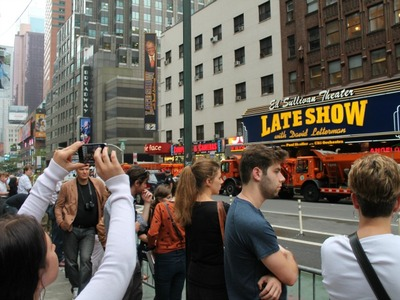 <p>Fans crowded along Broadway to catch a glimpse of the President.</p>