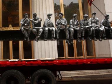 New York artist Sergio Furnari's sculpture pays homage to the famous photograph