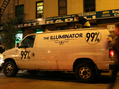 <p>Mark Read setting up The Illuminator at an anti-stop and frisk action in The Bronx.</p>