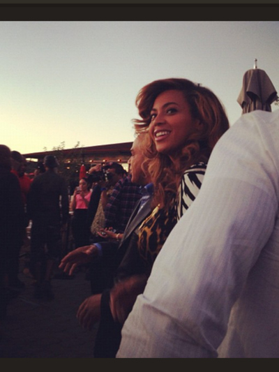 Beyonce visited La Marina with her husband Jay-Z in Inwood on Sept. 23, 2012.