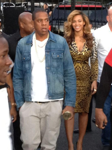 <p>Powerhouse couple Beyonce and Jay-Z spent their Sunday evening uptown at Inwood&#39;s La Marina on Sept. 23, 2012.</p>