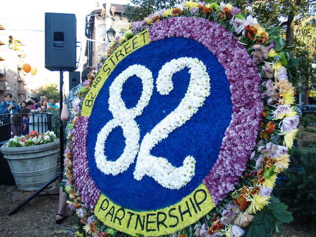 <p>Colombian flower arrangements by Silleteros de Santa Elena adorned Dunningham Triangle triangle at the Viva La Comida! festival.</p>