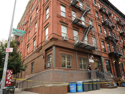 The building at 113 Morningside Avenue where cops shot a man dead. Photo taken Wednesday September 26th, 2012.
