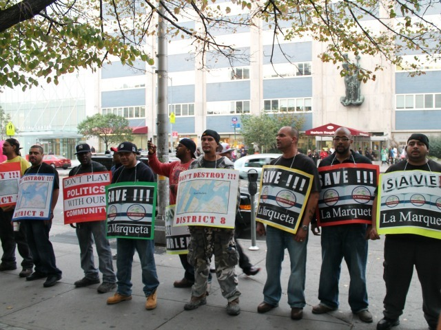 <p>East Harlem construction workers protested a plan that would have removed La Marqueta from the eighth council district.</p>