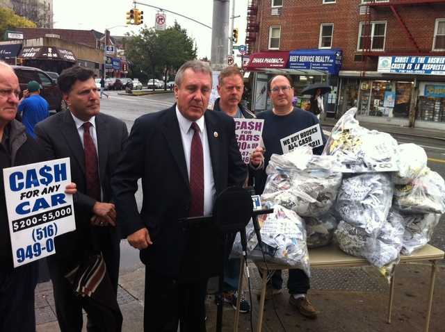 <p>Councilmen Daniel Dromm and Mark Weprin&nbsp;stand at a press conference.</p>