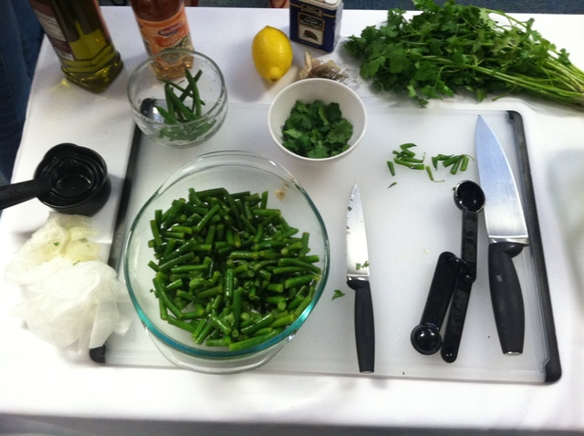 <p>Green beans with cilantro and garlic</p>