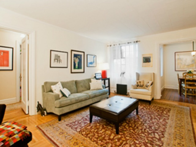 <p>This two-bedroom co-op in Hudson View Gardens is on the market for $639,000.</p>