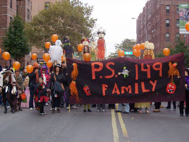 <p>Marchers in the&nbsp;Jackson Heights Halloween Parade.</p>