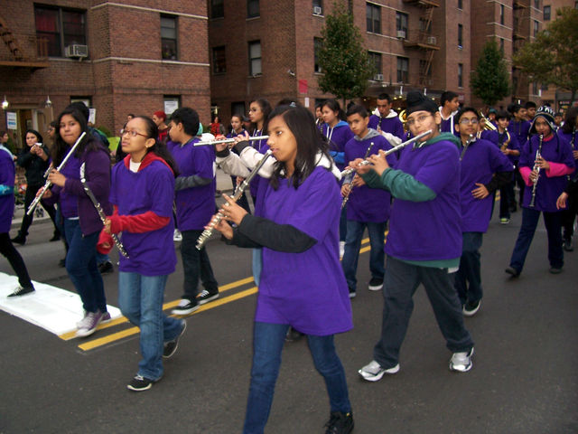 <p>The I.S. 230 marching band, during last year&#39;s&nbsp;Jackson Heights Halloween Parade.</p>