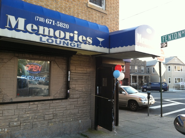 <p>Memories Lounge, located at Fenton Avenue and East Gun Hill Road, where Wayne Hamilton was seen leaving the bar in a white vehicle before he was found dead on October 13, 2012.</p>