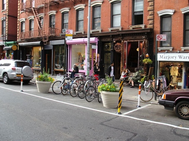<p>A bike corral outside a restaurant in Queens.&nbsp;</p>