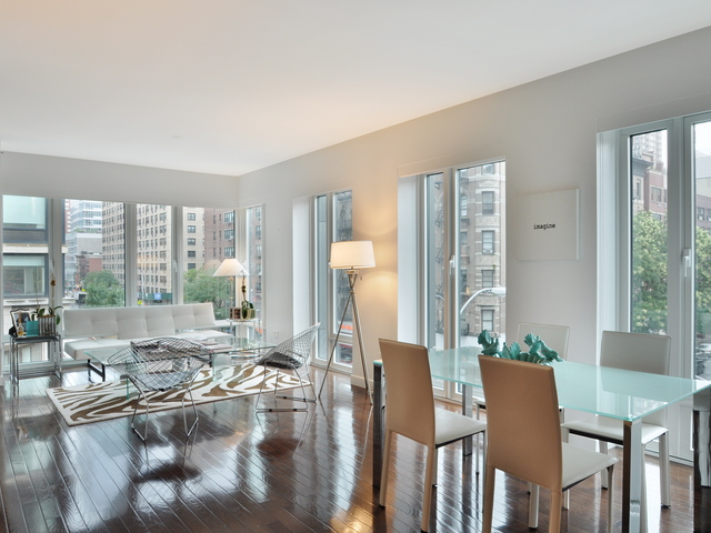<p>A four-bedroom at 303 East 77th St. on the Upper East Side is listed for $19,250 a month at Citi Habitats.</p>
