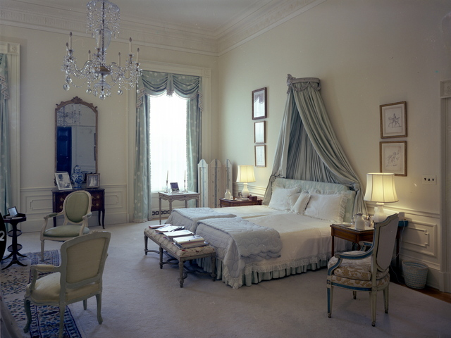 <p>First Lady Jaqueline Kenney&#39;s Bedroom, White House, May 9, 1962<br /> 	<br /> 	&nbsp;</p>